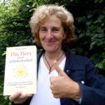 DSC04625_ Das Buch ist da_ Das Herz unser Glücksmuskel_Beate Pracht
