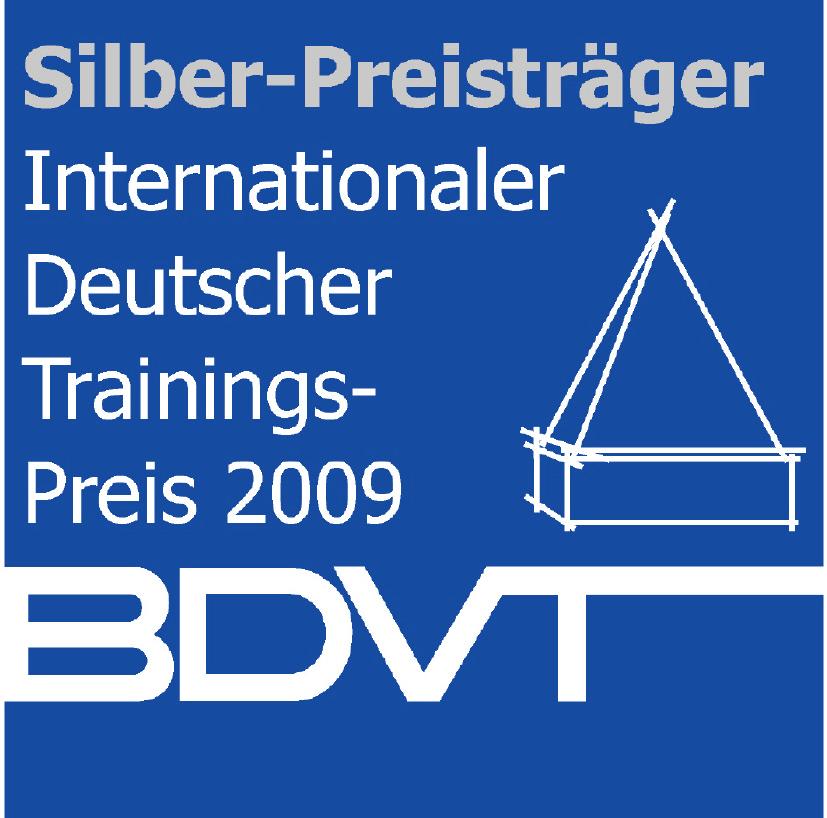 Beate Pracht und Andrea Eikelmann (Prachtlamas) werden mit dem Internationalen Deutschen Trainingspreis 2009 in Silber durch den BDVT ausgezeichnet
